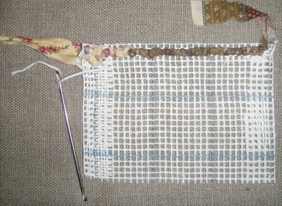 Locker hook and mesh