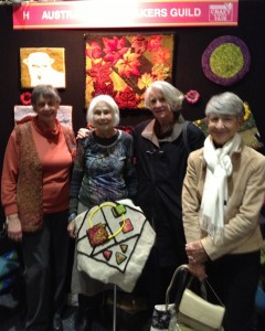 Maggie_Whyte_and_visitors_from_NSW_Canberra_Craft_&_Quilt_Fair_2014