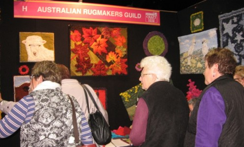 Rughooking_stand_Craft_Quile_Fair_Canberra_Australia