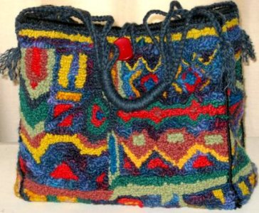 Colourful_tote_designed_and_hooked_by_Robin_Inkpen_Donnybrook_Western_Australia