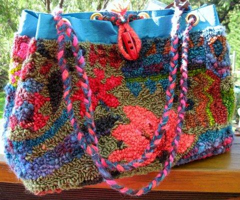 Carpet_bag_designed_and_hooked_by_Robin_Inkpen_Western_Australia · Carpet_Bag_Labeled_for_sale_designed_and_hooked_bag_by_Robin_Inkpen_Western_Australia