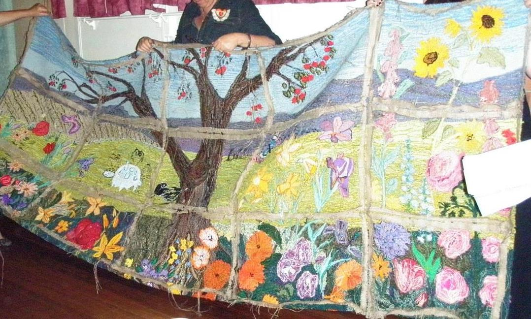 Wall_hanging_created_by_Norma_Hatchett_West_Australia