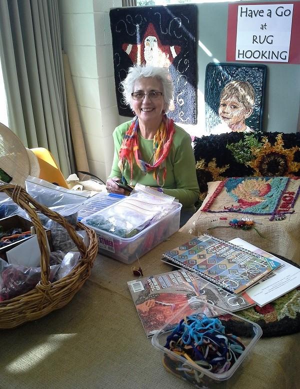 Anne_Schafer_demonstrating_rughooking_at_Western_Port_VIC_Australia