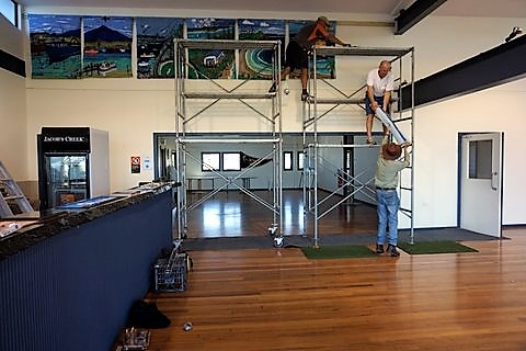 bermagui_surf_lifesaving_club_nsw_australia_completing_installation_of_rughooked_panels