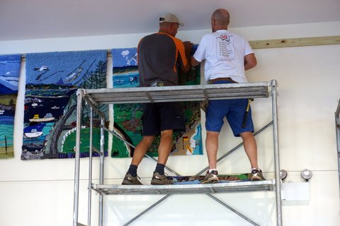 bermagui_surf_lifesaving_club_nsw_australia_installation_of_rughooked_panels-2